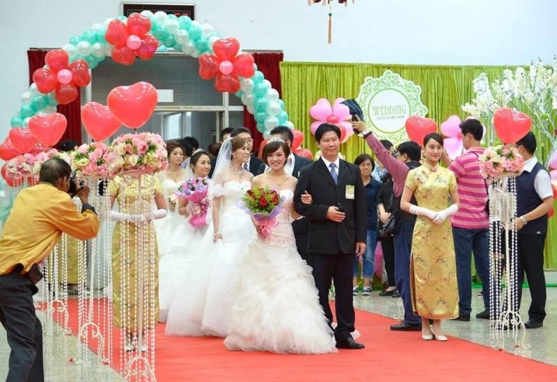 基隆聯合婚禮越辦越盛大,今年首度與公主遊輪盛世公主號合作,將在郵輪上舉行「西洋宮廷風」奢華婚禮。(基隆市政府提供)
