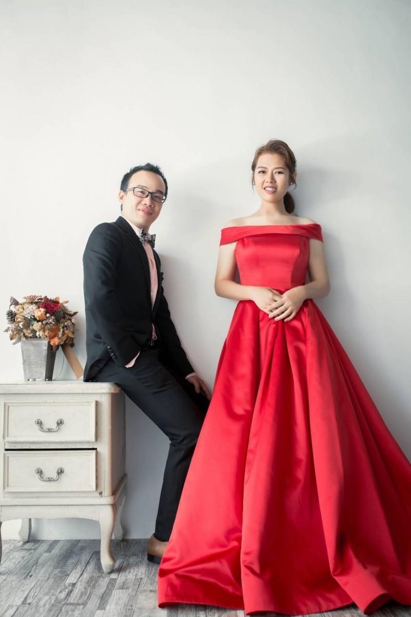 蘇先生與洪小姐因減重認識並攜手步上紅毯。(義大大昌醫院提供)