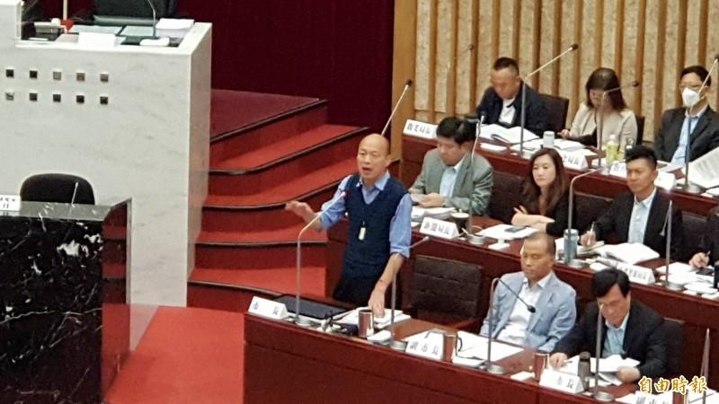 韓國瑜今再喊話中央高雄要自經區,強調產業升級高雄才能發大財。(記者陳文嬋攝)