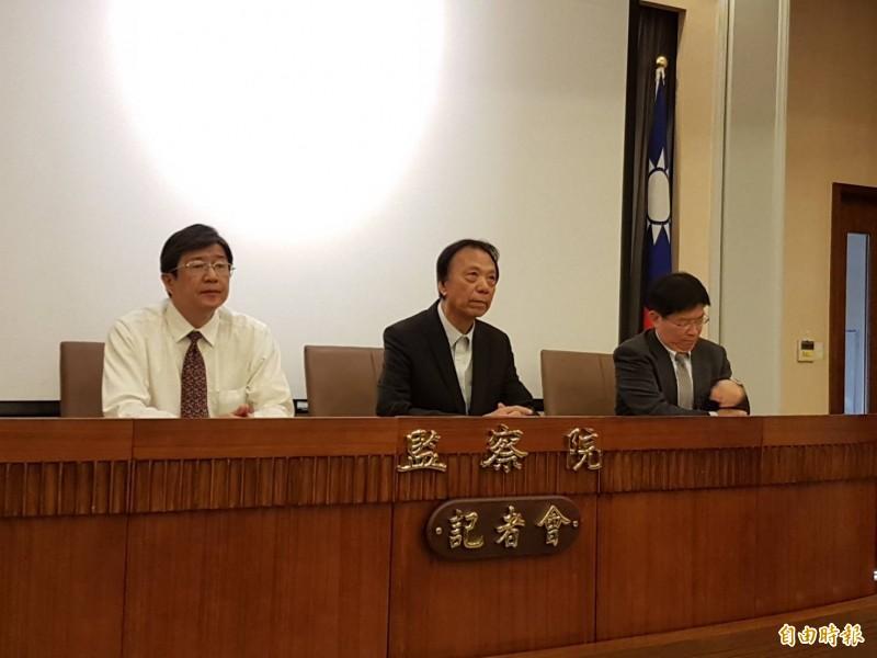 監察委員高涌誠(右)、蔡崇義(左)。(記者謝君臨攝)