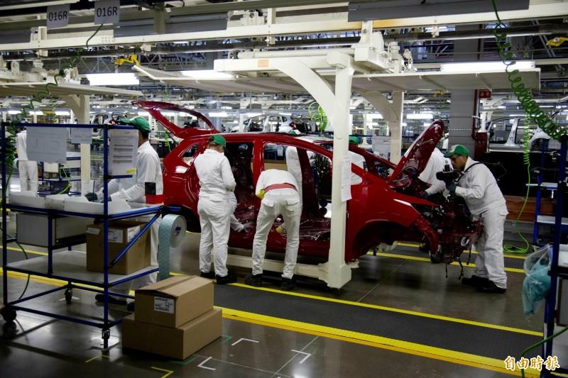 傳川普將暫緩實施對進口汽車課徵懲罰性關稅。圖為位於墨西哥的日本本田汽車廠。(美聯社)