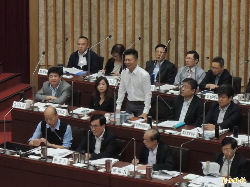 高市社會局長葉壽山說,他的心裡只有服務、沒有政治。(記者王榮祥攝)