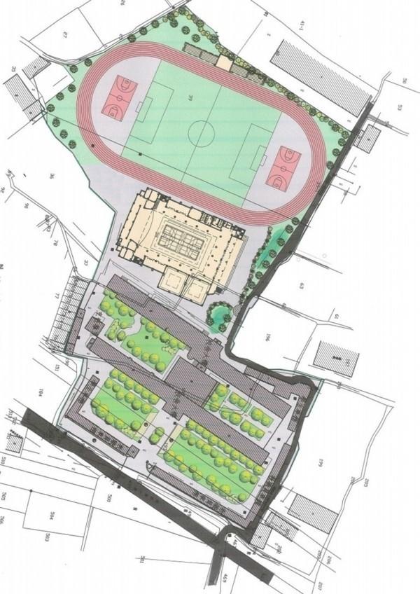 彰化縣議員林宗翰關心爭取到和群國中後方的學產地,到底會不會蓋和美體育場。(資料照)