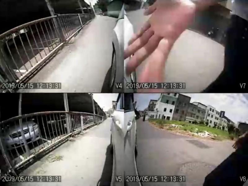 阿伯伸手手掌拍打車子後照鏡。(圖擷取自目擊者行車影像記錄器提供畫面)