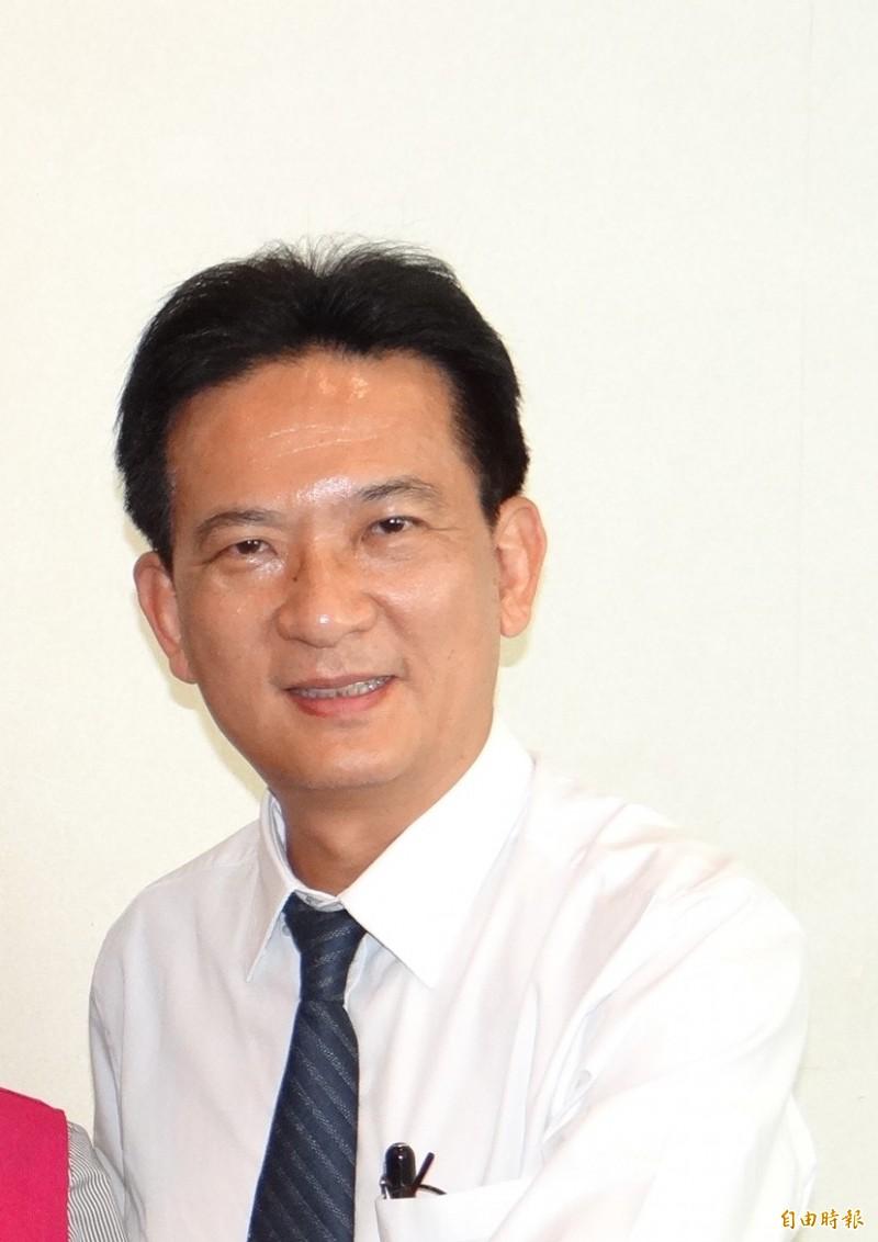 民進黨立委林俊憲(見圖)團隊推出諷刺中國的黑色幽默短片懶人包。(記者王俊忠攝)
