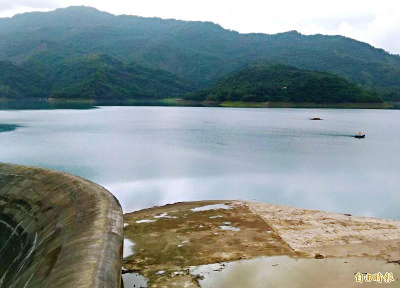 因降雨明顯,南化水庫的蓄水率也回升至67﹪以上。(記者吳俊鋒攝)