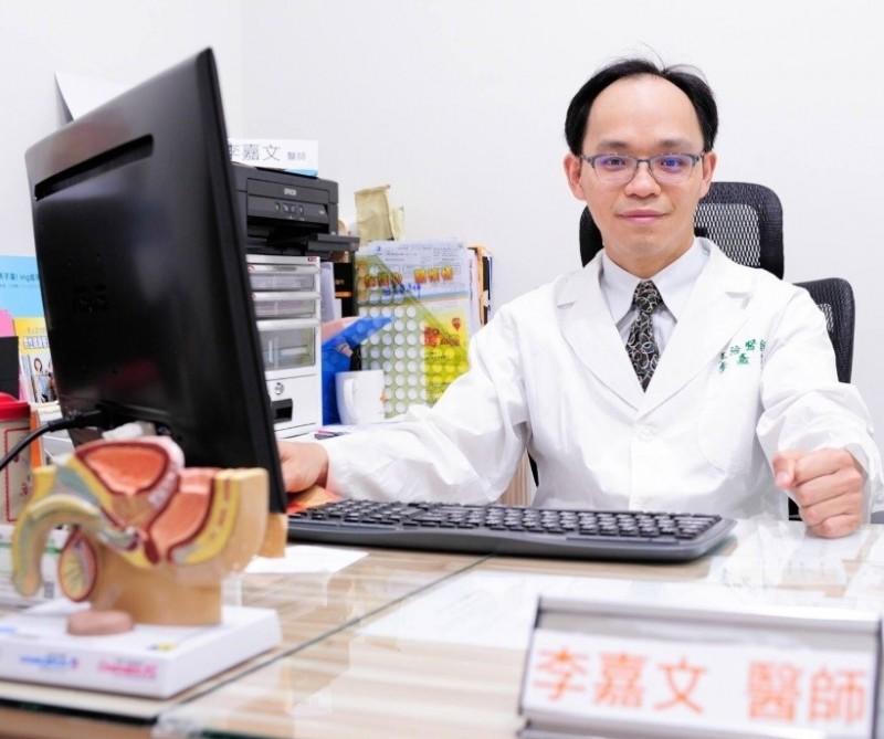 泌尿科醫師李嘉文指「菜花」是感染人類乳突狀病毒引起,屬於性行為傳染疾病。(圖李嘉文提供)