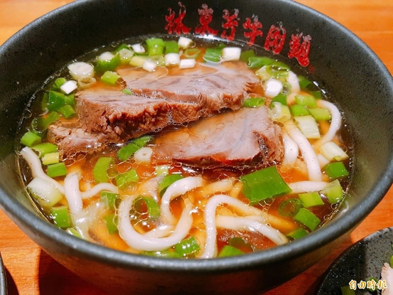 林東芳牛肉麵相當受好評。(記者楊心慧攝)