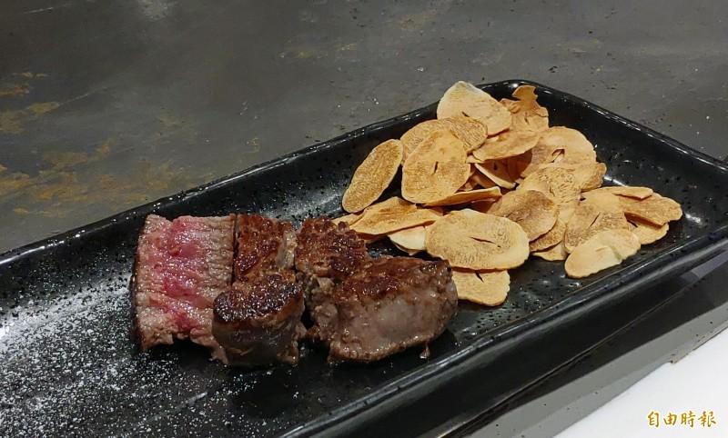 菲力牛排是天廚鐵板燒的招牌之一。(記者張菁雅攝)