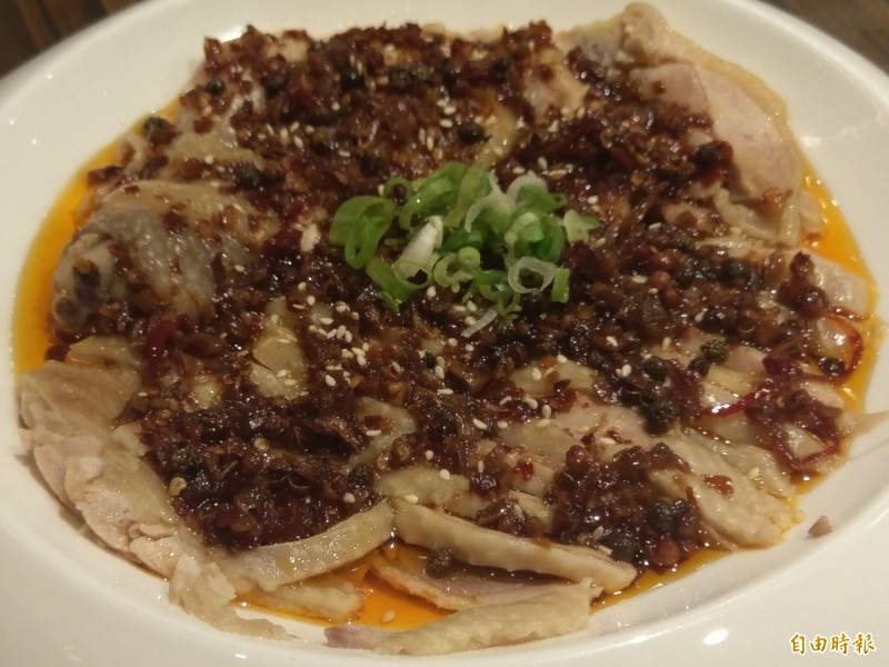 口水雞是湘菜的涼菜,香辣開胃。(記者王善嬿攝)
