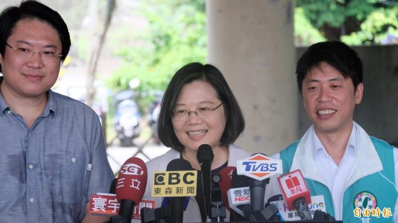 恭喜志玲姐姐新婚快乐 蔡英文:台湾男生抱歉了 - 自由时报电子报 -600_2815080_1