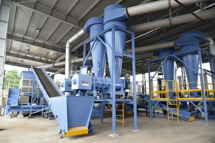 雲林縣設有全國第一座MT垃圾機械處理設備,到底行不行,目前正待考驗。(記者詹士弘翻攝)