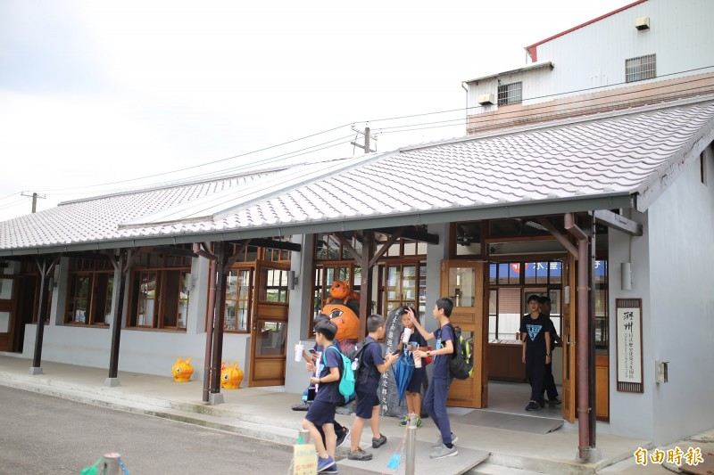 去年底完工啟用的「潮州日式歷史建築文化園區」,目前平均每個月都有超過1萬名遊客到訪。(記者邱芷柔攝)