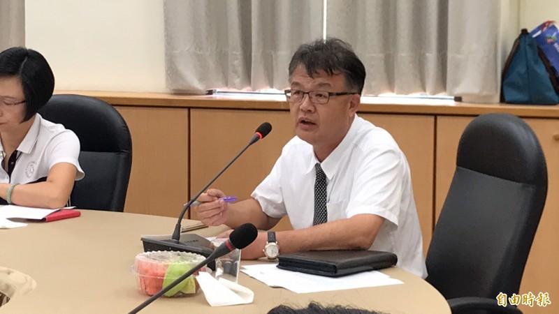 新竹瓦斯公司總經理黃俞昌強調,竹瓦可以重估資產或鑑價,但不可能減資。(記者黃美珠攝)
