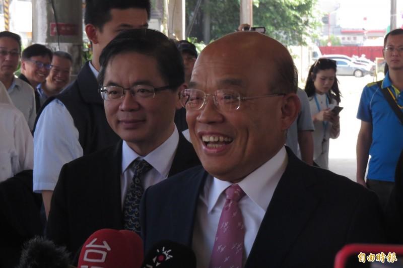 角逐國民黨總統初選的鴻海董事長郭台銘說,他當總統要換掉像蘇貞昌這樣的行政院長;蘇貞昌說,這是國民黨的初選文化,見怪不怪。(記者俞肇福攝)