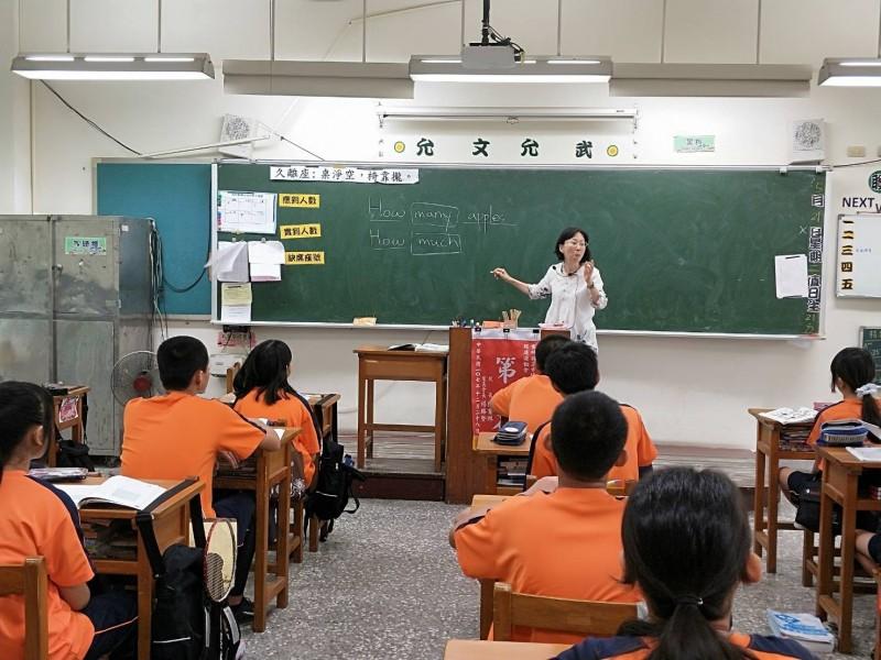 雲林縣教師甄試報名截止,錄取率不到6%。(記者林國賢翻攝)