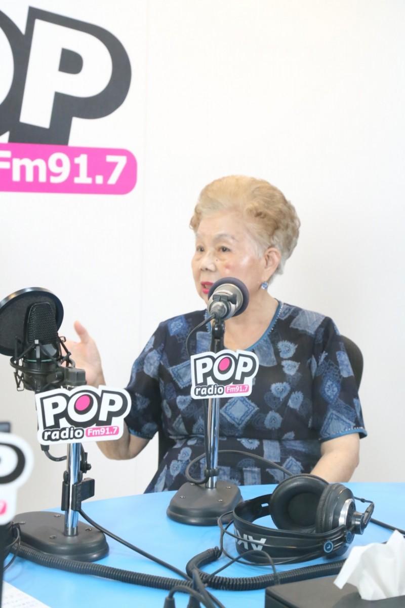 台北市長柯文哲母親何瑞英接受廣播專訪。(POP搶先爆提供)