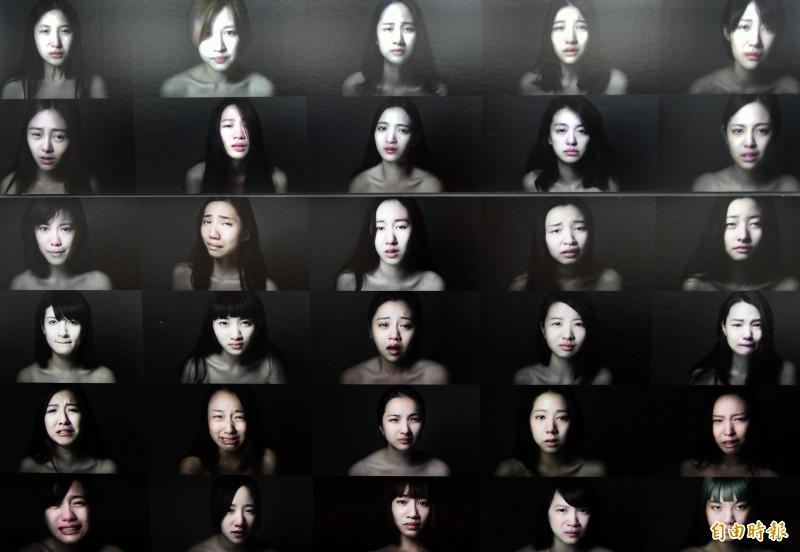 台灣首位獲法國PX3攝影獎攝影師徐聖淵,以《哭泣女孩》一書記錄500位女孩最私密的眼淚。(記者張忠義攝)