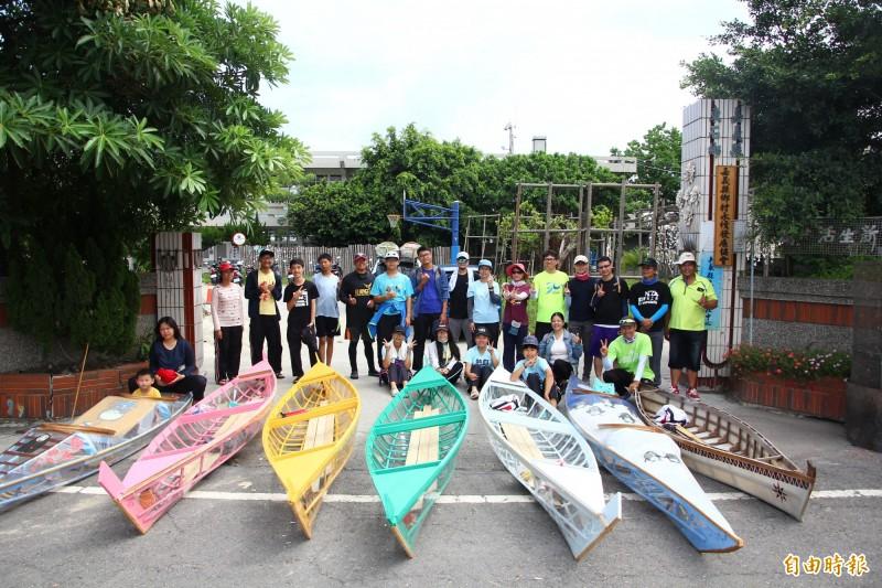 體驗河流與海洋 東石高中師生自製獨木舟航行