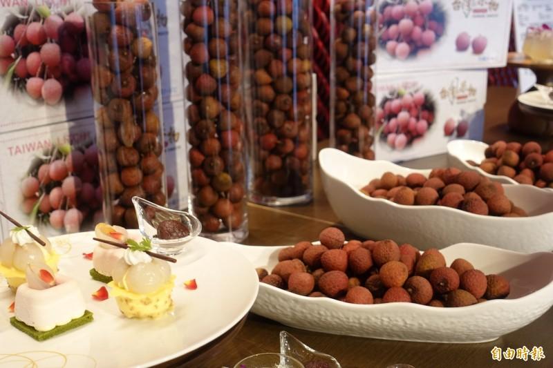 上銀連兩年到東京舉辦台灣頂級生鮮荔枝行銷記者會。(記者林翠儀攝)