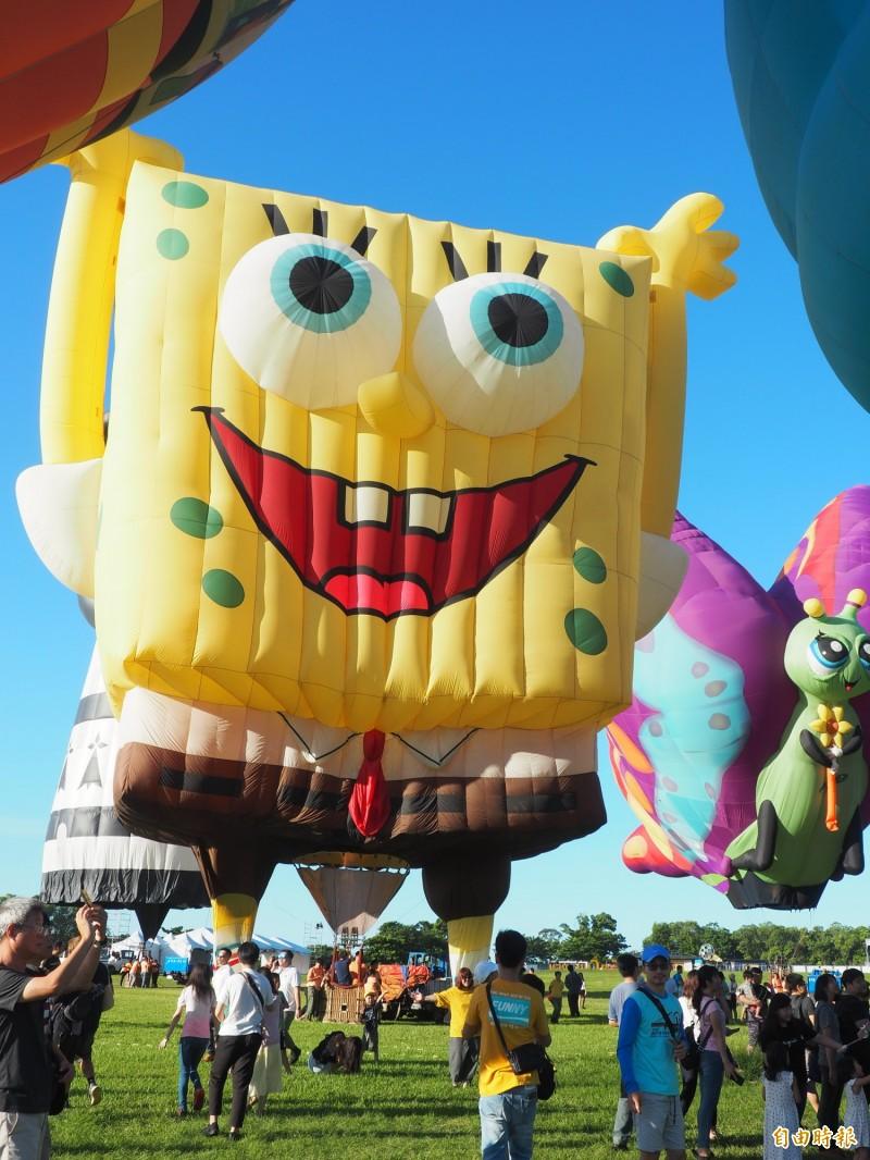 最後小朋友喜愛的海綿寶寶熱氣球。(記者王秀亭攝)