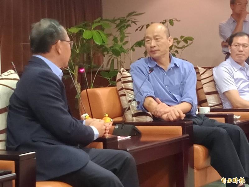 [新聞] 客廳即工廠挨批倒退50年 韓國瑜這麼解釋