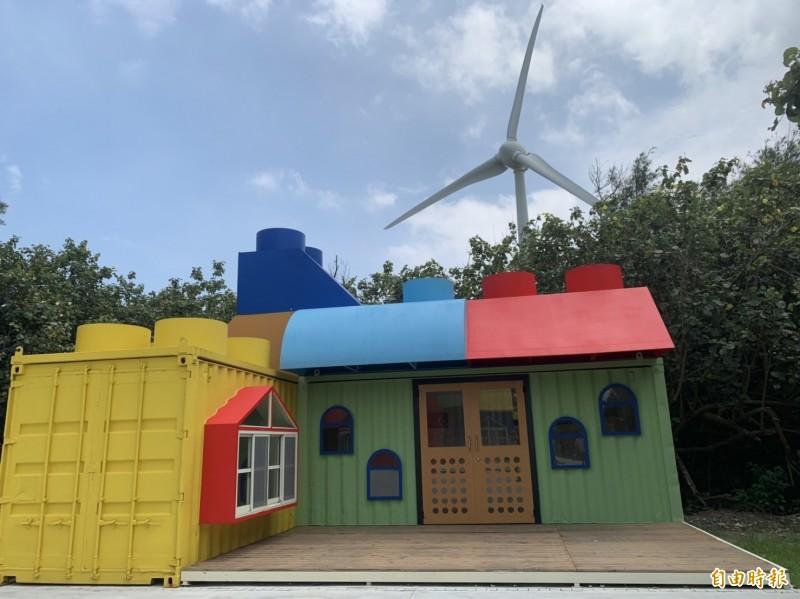 台中當舖日友汽車借款分享台中當地新聞-大安濱海樂園的露營區,網美驚呼好可愛。(記者唐在馨攝)