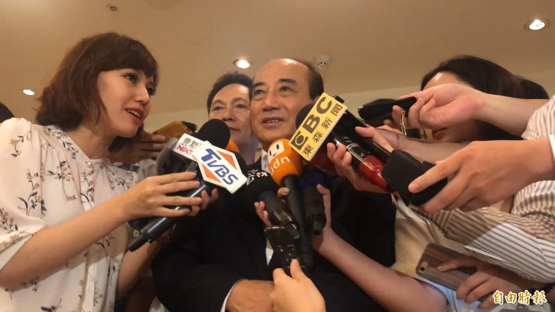 前立法院長王金平被問及前總統馬英九洩密案無罪定讞時表示,一切尊重司法。(記者陳昀攝)