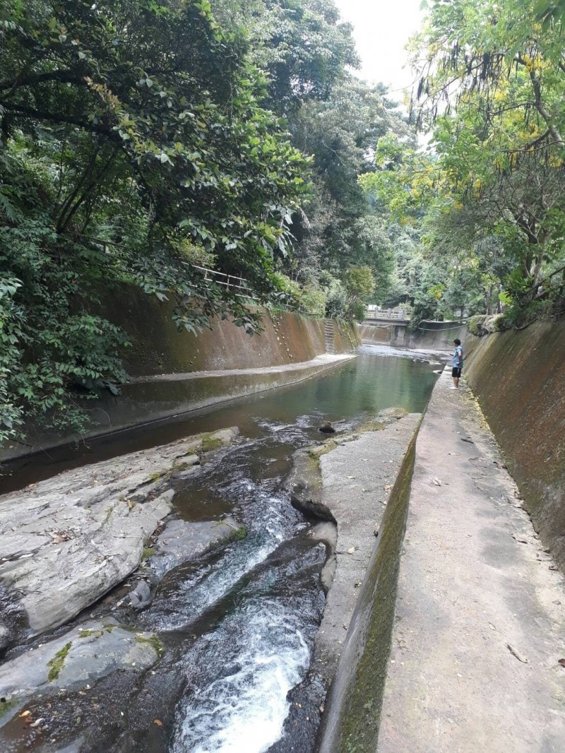 民宿前野溪傳出溺水意外。(記者張勳騰翻攝)