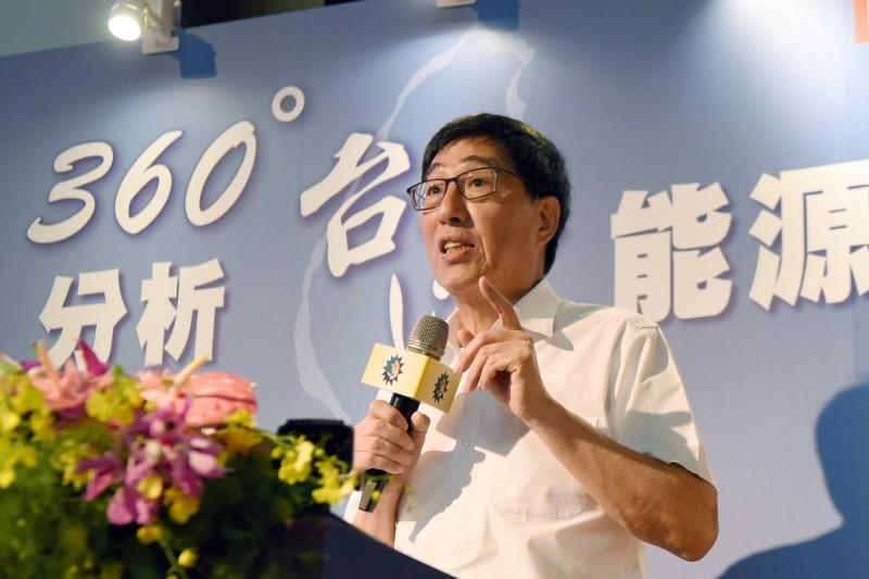 香港城市大學校長郭位真對台灣能源發展提出建議。(日月光文教基金會提供)