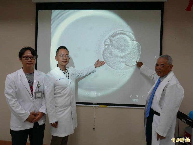 醫師在胚胎發育時進行影像即時監控系統,選出最好的胚胎植入子宮,提高成功率。(記者蔡淑媛攝)