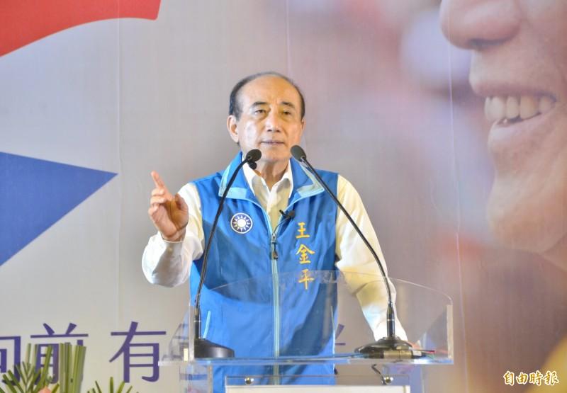 前立法院長王金平表示,若菩薩認為需要他出來救台灣,上天自會有安排。(記者吳俊鋒攝)