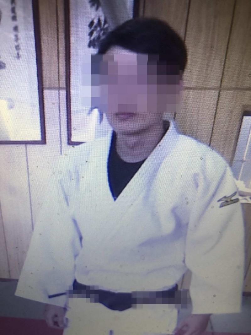 該名柔道教練涉誘姦2名少女,爆發後被警方依妨害性自主罪嫌移送辦。(記者湯世名翻攝)