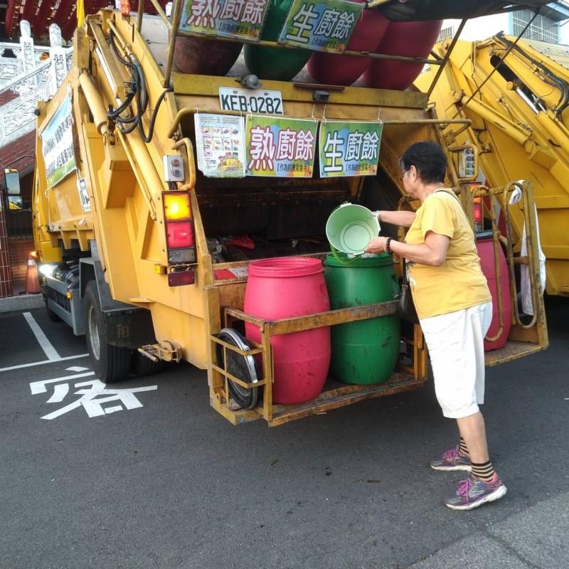 台中市推動生廚餘發電,首月回收8個行政區。(環保局提供)
