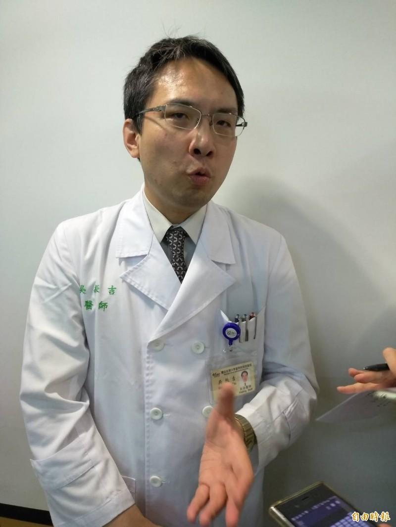 台大耳鼻喉科醫生吳振吉表示,台大推動「次世代定序」檢測聽損基因,新生兒聽損可提早到1歲手術裝電子耳。(記者劉力仁攝)