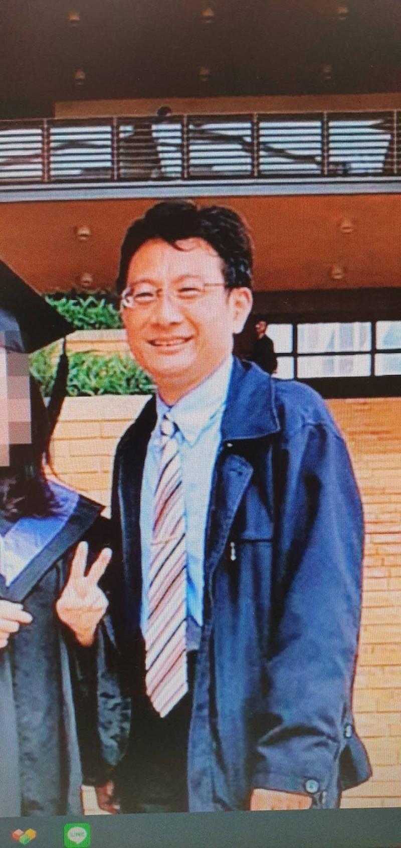 新竹地院庭長吳振富被檢舉將助理當家僕。(取自臉書)