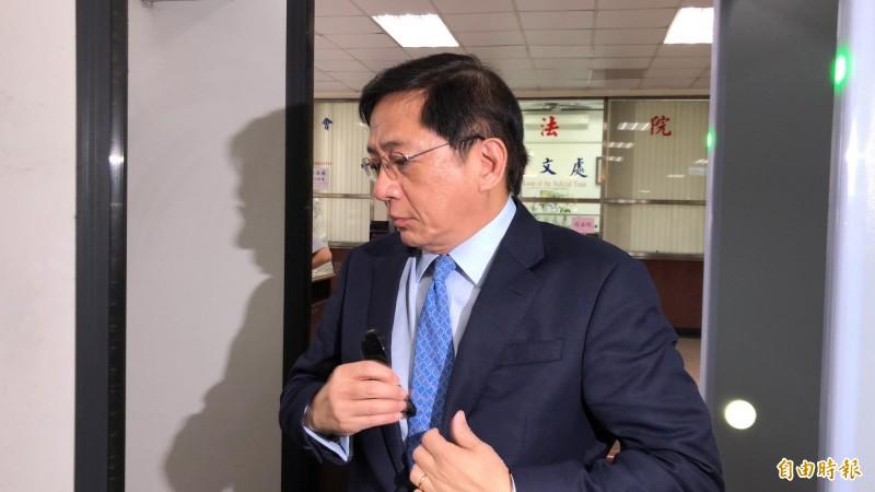 台大校長管中閔今赴公懲會開庭。(記者錢利忠攝)
