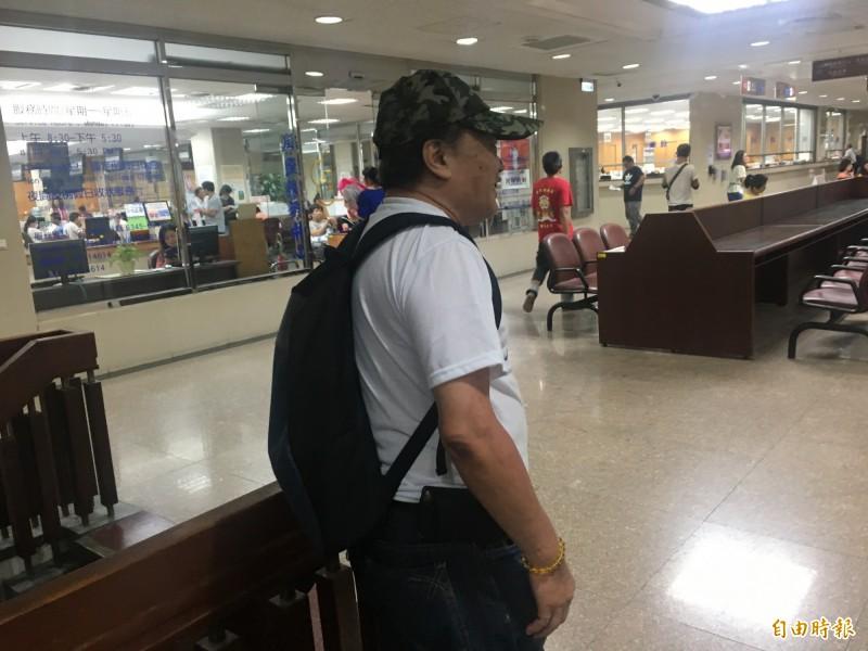 李磊今聆判後表示,只恨自己沒錢賠償彌補死者家屬。(記者張文川攝)