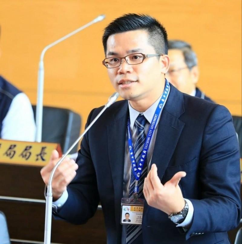 台中市新聞局長吳皇昇外傳將調任研考會主委。(圖擷取自吳皇昇臉書)