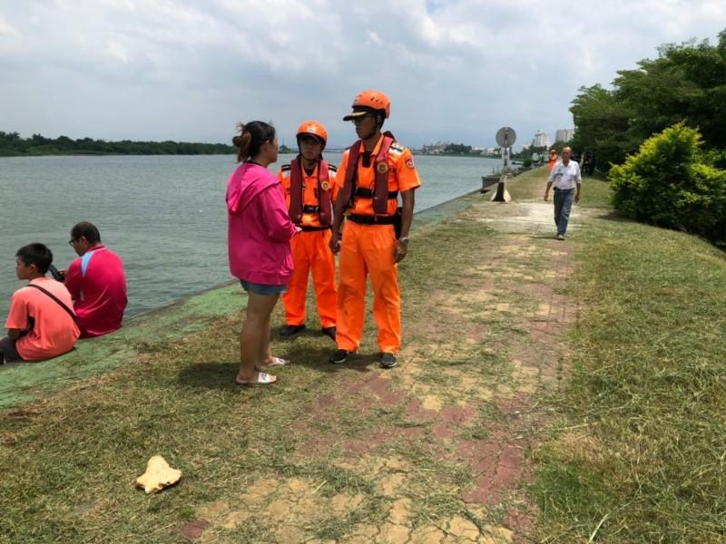 潮州楊姓婦人據傳於東港溪失蹤。(記者陳彥廷翻攝)