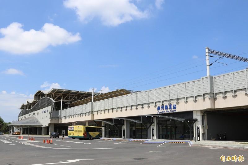 潮州驛站商場10月17日試營運。(記者邱芷柔攝)