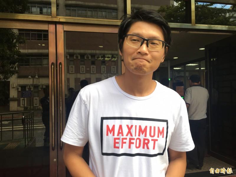 導演關驊控告劉樂妍公然侮辱,台北地院今天開庭。(記者張文川攝)