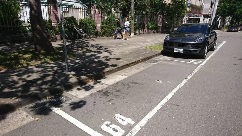 北市9月16日起,在大安、中正區2237個格位實施智慧停車收費。(停管處提供)