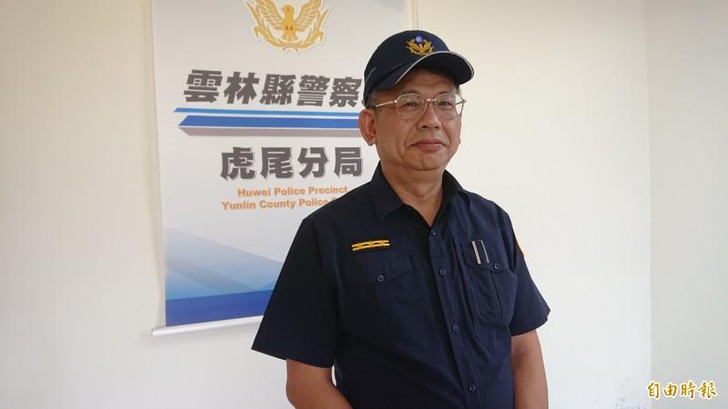 虎尾分局副分局長龔昶銘對外說明。(記者廖淑玲攝)