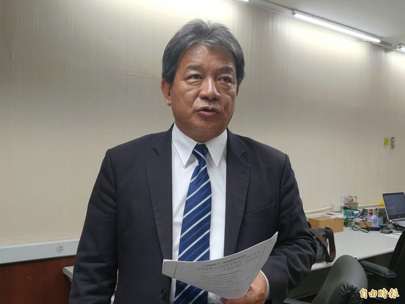 台南市議會議長郭信良質疑市府不尊重議會,指未來總預算送議會審查,勢必遭遇困難。(記者蔡文居攝)