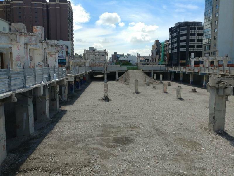 中國城景觀廣場改造工程預於今年底完工。(記者洪瑞琴翻攝)