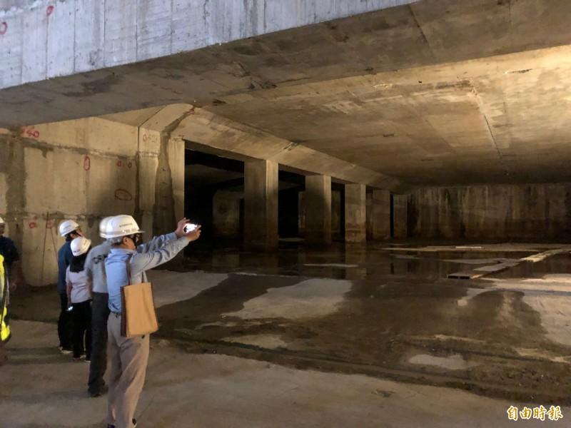 大巨蛋地下連通道。(記者郭安家攝)