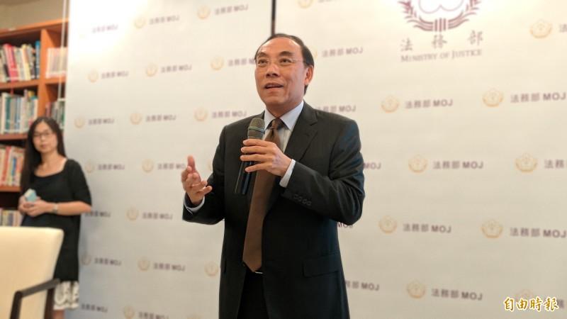 法務部長蔡清祥說明國際司法合作重要性。(記者吳政峰攝)