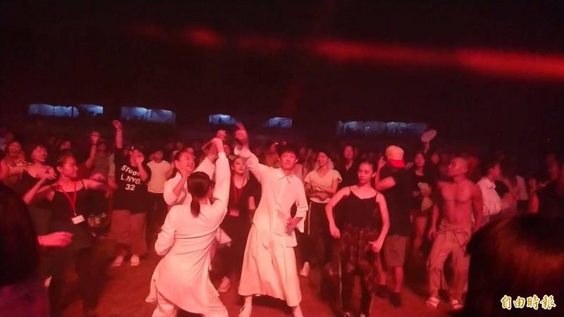 台南藝術節今晚電音趴最後壓軸。(記者洪瑞琴攝)