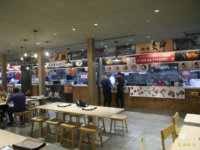麗寶Outlet Mall將於16日至18日推出《北海道拉麵館》的4大天王拉麵買2送1。(記者張軒哲攝)